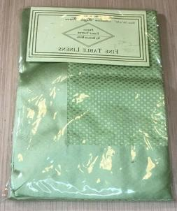 """Benson Mills Green 36"""" x 36"""" Waffle Weave Prego Table Topper"""